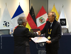 award ceremony university Lima 2018